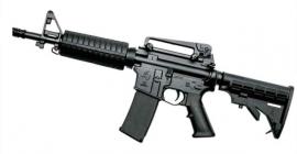 Taurus entrega 799 fuzis T4 para a Brigada Militar do RS