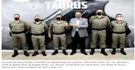 Comando da Brigada Militar do RS adquire 5 mil pistolas TS9 e acompanha o moderno e tecnológico processo produtivo Taurus