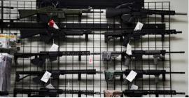 Juiz revoga proibição de posse de armas de assalto na Califórnia que esteve em vigor durante 32 anos