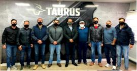 Visita a Taurus Armas