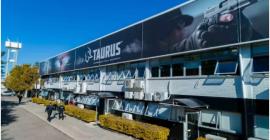 Taurus sobe 3,1% com câmbio e lançamento de armas de grafeno
